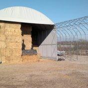 Nr. 2 strutture da mt.10x25 H 5,30 utili per magazzino paglia e fieno