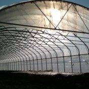 Serra da mt.10x100 a gamba verticale coperta in nylon adatta a qualsiasi esigenza di copertura. Si può coprire anche in PVC ignifugo
